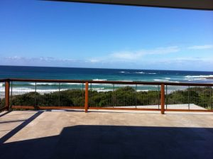 Timber-Balustrade-Beach-House-Stainless-Steel-by-Sentrel