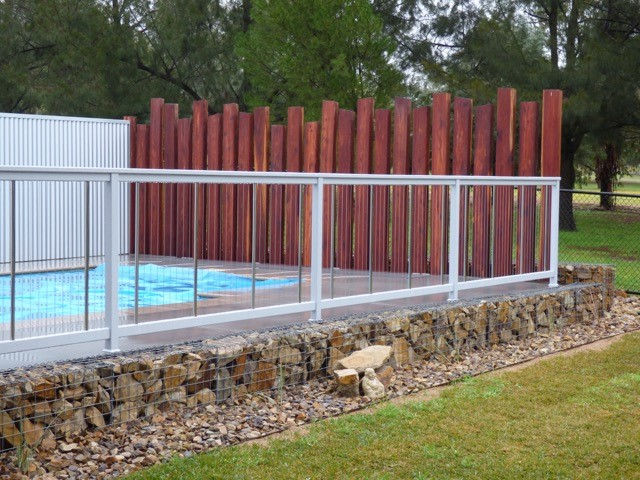 Sentrel Vertical Cable Pool Fencing. Colour: Eternity Silver Kinetic
